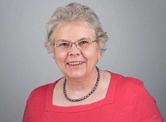 Hilary McGowan, Consultant