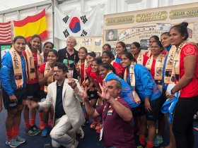 India women's national team visiting The Hockey Museum exhibition at World Cup 2018