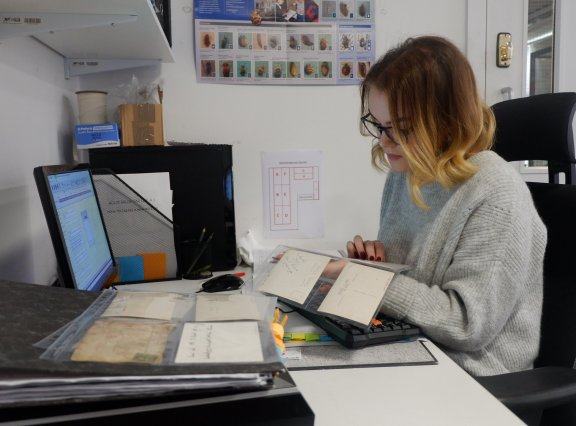 Hallmarks at Home – Managing archives – FULLY BOOKED